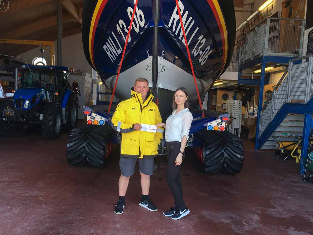 Donation to Hoylake RNLI